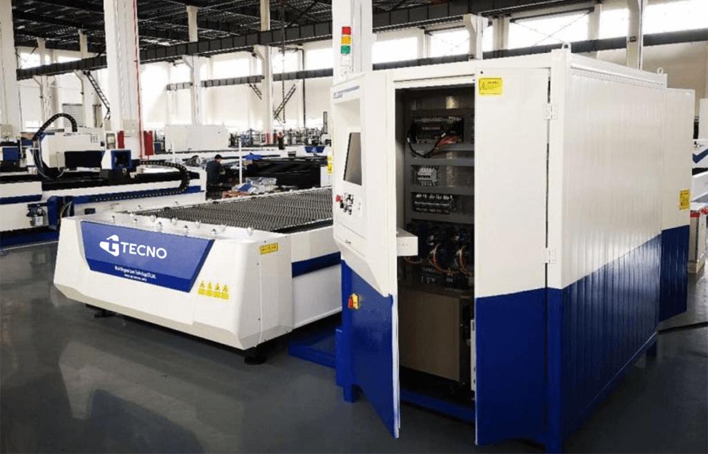 Mesin Laser Cutting CNC merk TECNO di pabrik